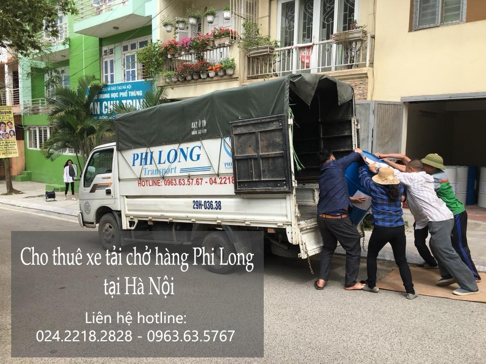 Xe tải chở hàng thuê tại phố Vũ Phạm Hàm