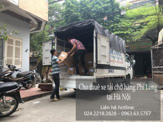 Xe tải vận chuyển Phi Long tại phố Quan Nhân